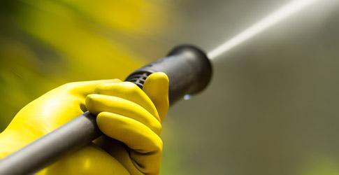 Reinigen van uw leidingen middels hogedruk apparatuur